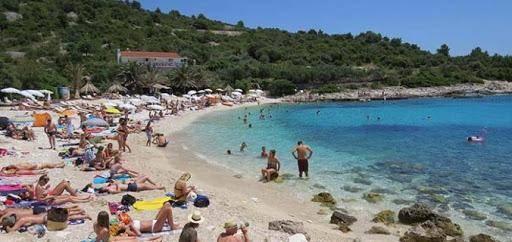 Hvar: a paradisíaca ilha croata