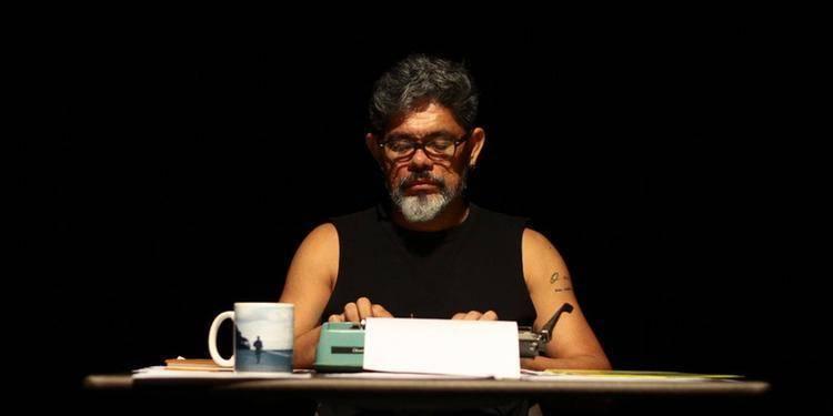 """Teatro do Sesi apresenta """"Um homem sem títulos"""" na quinta-feira (28)"""