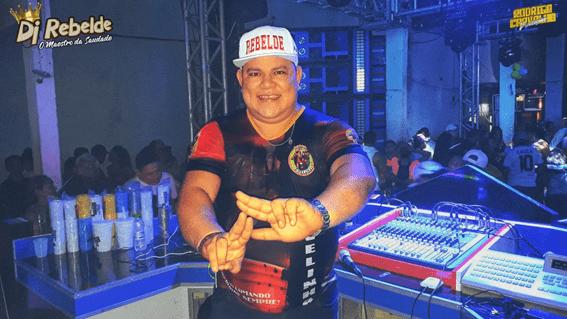DJ Rebelde leva o baile da saudade ao Class Festa na Doca